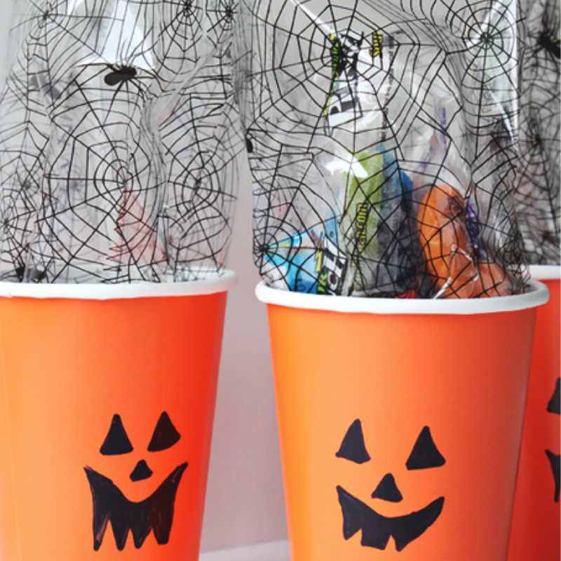 treat cups with pumpkin faces for parties